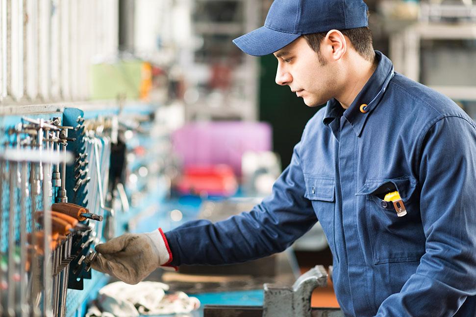 werkzeugmechaniker  in