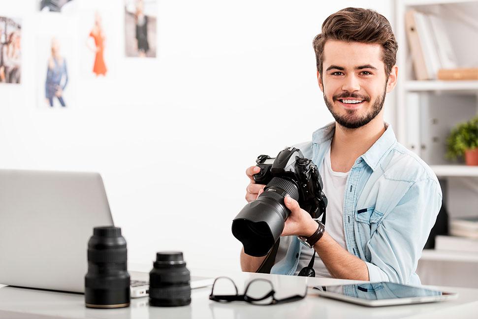 fotograf in berufsbild ausbildung gehalt und bewerbung. Black Bedroom Furniture Sets. Home Design Ideas